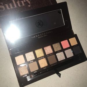 Anastasia Beverly Hills Sultry Eyeshadow Pallete
